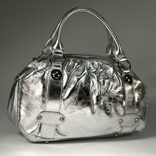 Авторский комментарий: модные весна сумки.