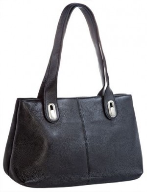 Женская сумка Arte выполнена из натуральной матовой кожи черного цвета.